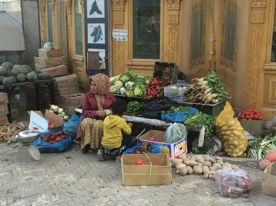 Kashgar Offbeat Tours Silk Road Adventure: Market