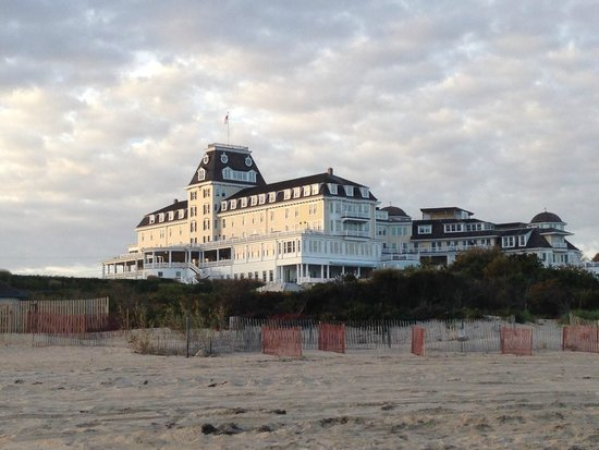 The Ocean House : View from the beach in the late afternoon sun