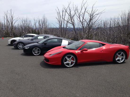 Prancing Horse Drive Experiences - Yarra Valley