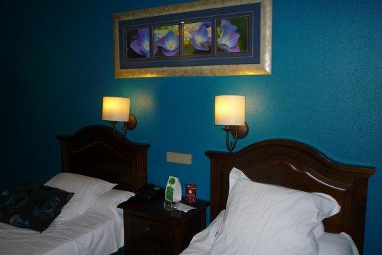 Hotel Bellavista Sevilla: Clean room