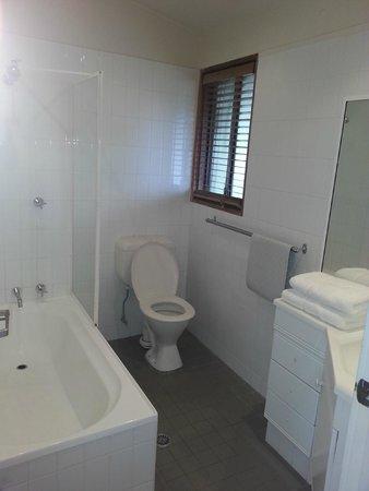 Hunter Valley Resort: Bathroom