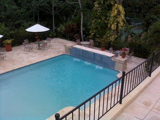 San Ignacio Resort Hotel : The pool