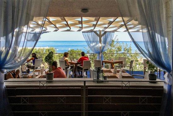 Soma restaurant.  Zening resort
