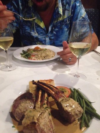 La Bourgogne French Restaurant: Lamb with mustard sauce