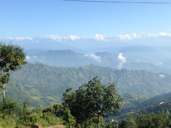 Nagarkot Farmhouse Resort: View from farmhouse