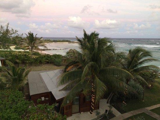 Ocean Spray Beach Apartments : vista dal terrazzino della camera
