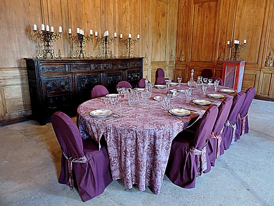 Château Abbaye de Cassan: La salle à manger