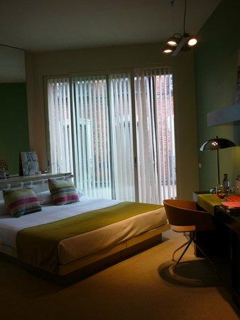 Bad Picture Of Hotel Room Mate Alicia Madrid Tripadvisor