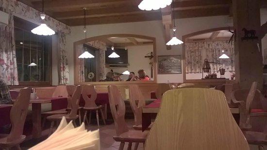 Restaurant Pizzeria Steiner : la sala