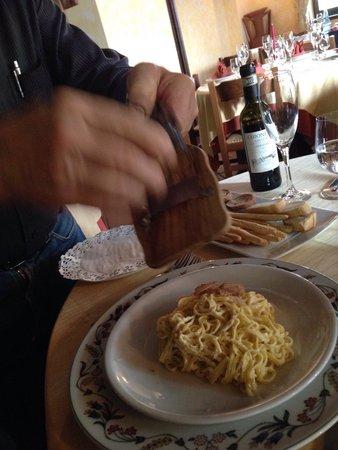 Ristorante Olimpia : Tagliolini al tartufo bianco / tagliolini with White truffle