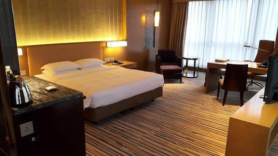 Hyatt Regency Chongqing Hotel: letto