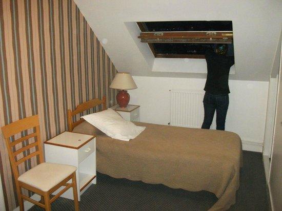 Le Commerce Hotel: 2ème chambre simple