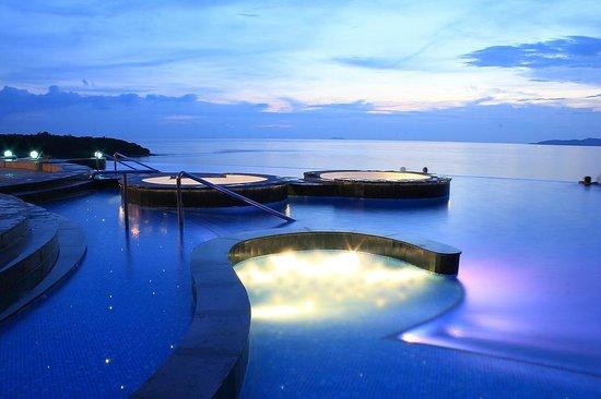 Royal Cliff Grand Hotel: Infini pool