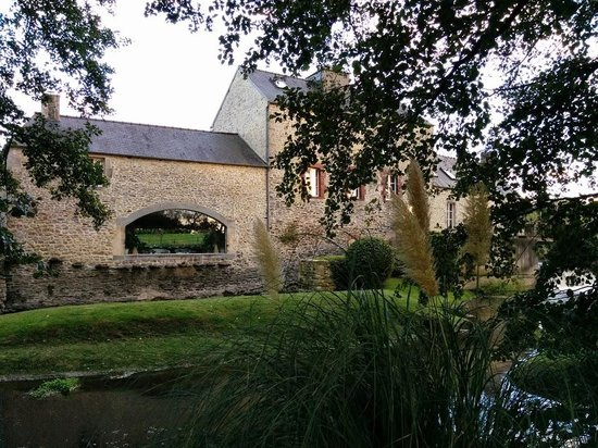 Subles, Γαλλία: Vue sur le moulin (1).