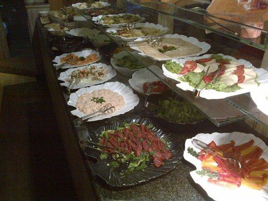 Bivio Hotel : buffet 1