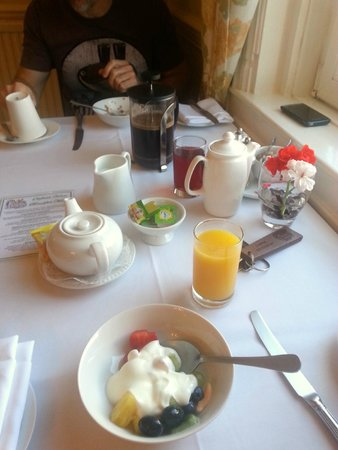 Oldfields House : Our lovely breakfast
