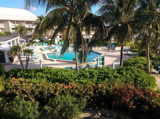 Holiday Inn Resort Grand Cayman: View from my room