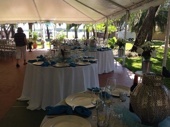 Tropical Resort and Marina: Tables set up under the tent at Tropical Resort & Marina
