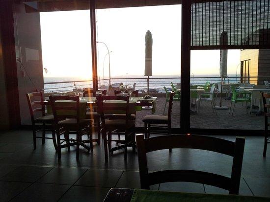 The Bayside Cafe: Awesome sunset