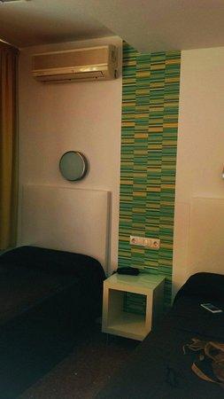 Hostal Restaurante EstaciÓN: La habitación doble