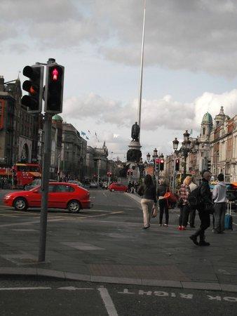 O'Connell Bridge: O'Connell St Dublin