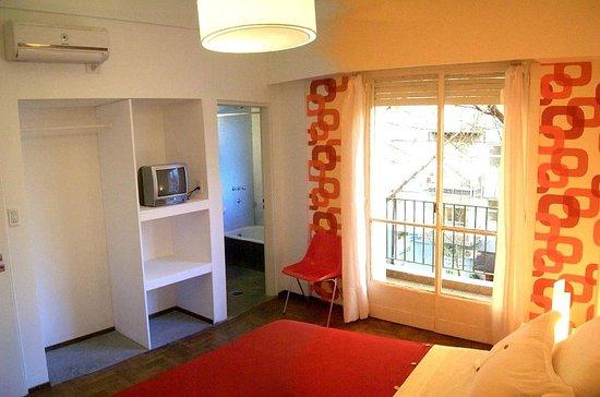 BA Soho Rooms: Balcony Suite
