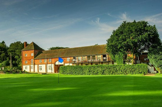 Cottesmore Golf and Country Club: Club House