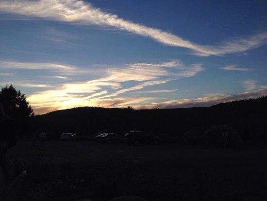 Jefferson Vineyards: Sunset from patio