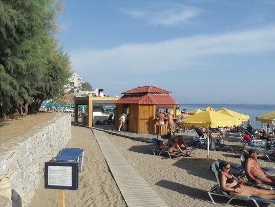 Mitsis Norida Beach Hotel: beach bar