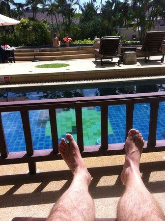 Alpina Phuket Nalina Resort & Spa : vu chambre acces piscine