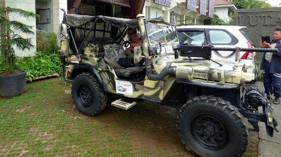 Luta Resort Toraja: La Jeep du Patron !!!