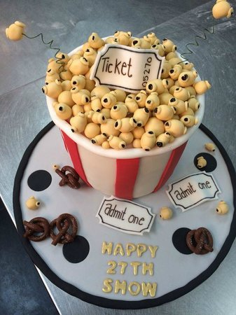 Poker Themed Birthday Cake - Picture of Kaldi's Koffee, Monrovia ...