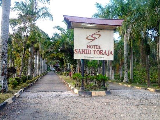 Hotel Sahid Toraja: Ingang van Sahid Toraja hotel