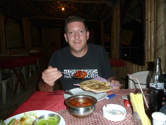 Bamboori Treat: Chicken Tikka Masala yam yam!