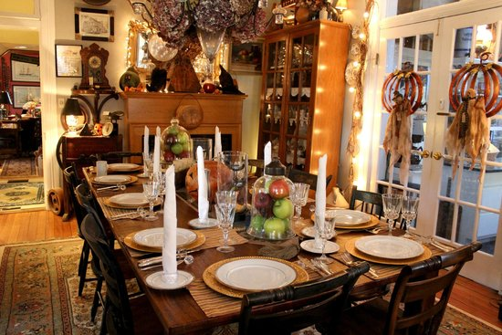 H. S. Clay House B & B and Guest Cottaage : The Dining room at the H.S. Clay House B&B