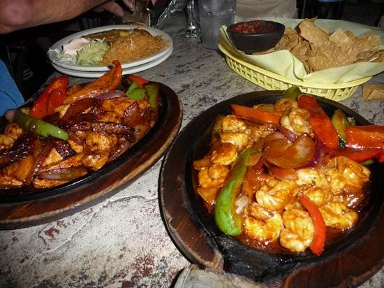 Javelina Cantina : seafood fajitas, yummy