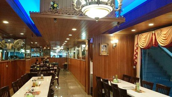 Sri Ganesh Vegeterian Restaurant