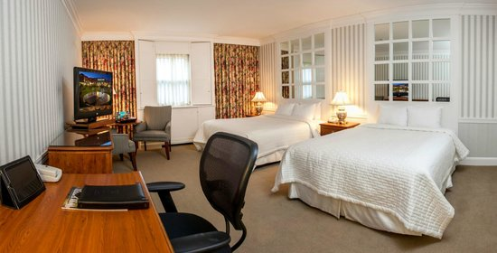 Beechwood Hotel: Standard Room with 2 Queen size beds
