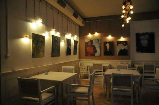 Cafe R.T.