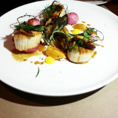 RN74: Butter Basted Diver Scallop