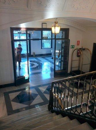 El Escorial Victoria Palace : Hall y recepción