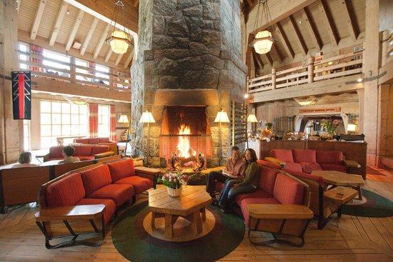 Timberline Cascade Dining Room