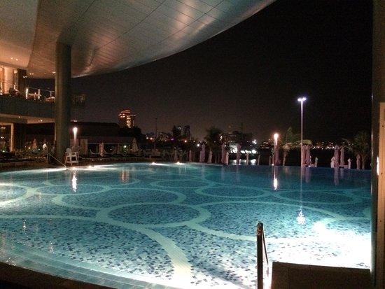 BiCE at Jumeirah at Etihad Towers: Pool