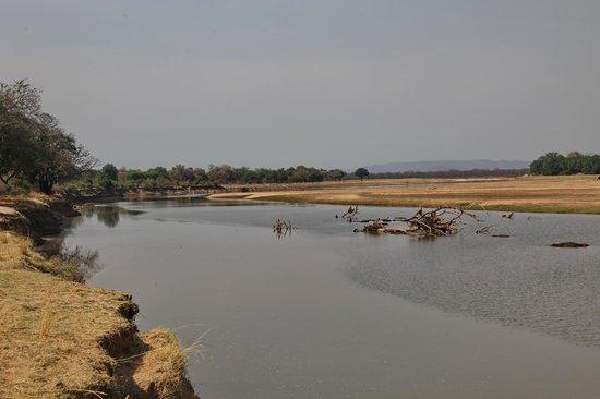Luangwa River Camp: Blick auf den Fluss