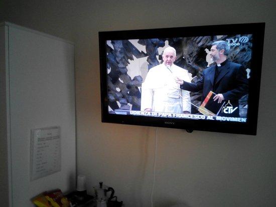 Cesar Vatican Rooms : TV 32 pollici