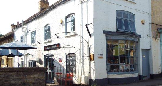 Hobbs House Bakery: Outside seating