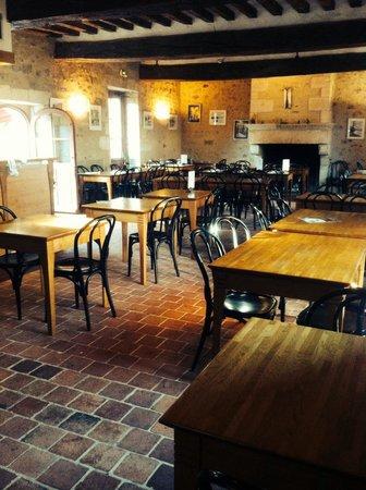 Restaurant restaurant de la maison du parc dans rosnay for Restaurant avec parc