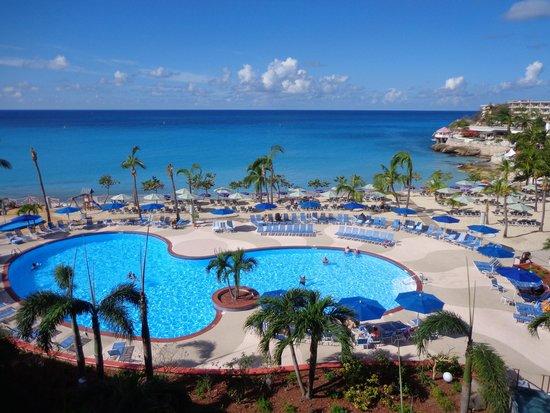 Royal Islander Club La Plage: Pool and beach