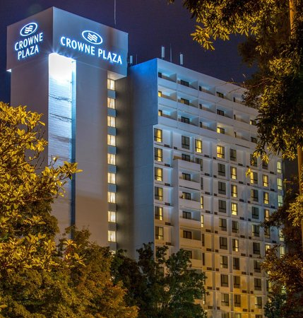 Crowne Plaza Charlotte Executive Park: Hotel