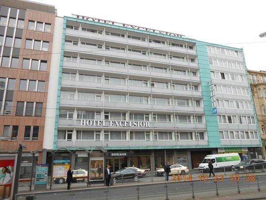 Hotel Excelsior facade